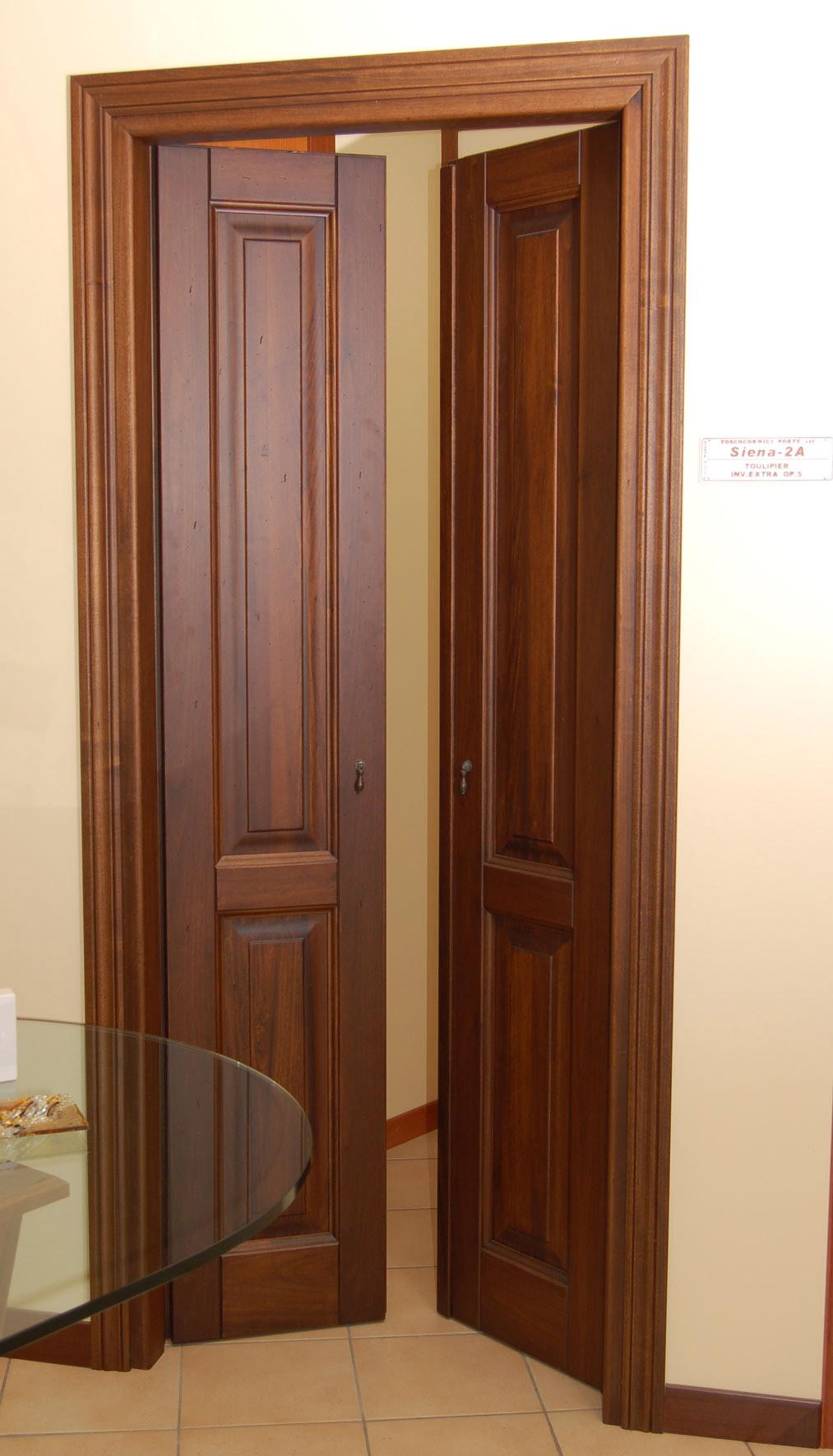 Oscuranti esterni per finestre idee di design per la casa - Porte finestre a libro ...