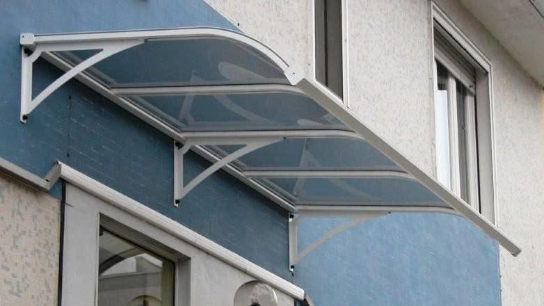 Andreait.it : pensiline uboldo, pensiline in alluminio, coperture in policarbonato